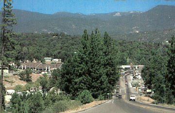 Coming into Oakhurst along Highway 41 from the south
